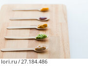 Купить «vegetable or fruit puree or baby food in spoons», фото № 27184486, снято 21 февраля 2017 г. (c) Syda Productions / Фотобанк Лори