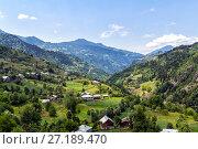 Купить «Вид на перевал Годердзи. Кавказские горы. Грузия», фото № 27189470, снято 13 июля 2013 г. (c) Евгений Ткачёв / Фотобанк Лори