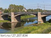 Купить «Октябрьский мост в городе Вологде», фото № 27207834, снято 14 июля 2014 г. (c) Николай Мухорин / Фотобанк Лори