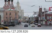 Купить «Москва, Таганкая площадь с видом на Верхнюю Радищевскую улицу», эксклюзивный видеоролик № 27208826, снято 3 января 2017 г. (c) Дмитрий Неумоин / Фотобанк Лори
