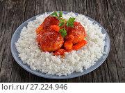 Купить «chicken Meatball braised in tomato sauce», фото № 27224946, снято 8 ноября 2017 г. (c) Oksana Zh / Фотобанк Лори