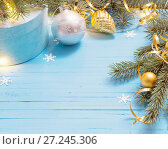 Купить «Christmas background with fir branchs and balls», фото № 27245306, снято 17 октября 2017 г. (c) Майя Крученкова / Фотобанк Лори