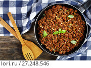 Купить «bolognese sauce in skillet, top view», фото № 27248546, снято 18 ноября 2017 г. (c) Oksana Zh / Фотобанк Лори