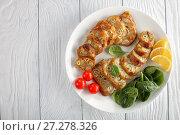 Купить «stuffed chicken boneless drumsticks on plate», фото № 27278326, снято 29 ноября 2017 г. (c) Oksana Zh / Фотобанк Лори