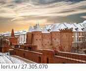 Купить «Варшавский Барбакан - средневековые укрепления в Варшаве, Польша», фото № 27305070, снято 27 декабря 2014 г. (c) Наталья Волкова / Фотобанк Лори
