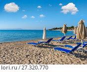 Купить «Summer morning beach (Chalkidiki, Greece).», фото № 27320770, снято 23 июля 2016 г. (c) Юрий Брыкайло / Фотобанк Лори