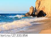 Купить «Tropea beach, Calabria, Italy», фото № 27333954, снято 18 июня 2017 г. (c) Юрий Брыкайло / Фотобанк Лори