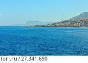 Купить «Messina strait from ferry, Sicily, Italy», фото № 27341690, снято 18 июня 2017 г. (c) Юрий Брыкайло / Фотобанк Лори