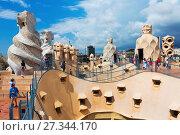Купить «Roof of Casa Mila», фото № 27344170, снято 15 июня 2015 г. (c) Яков Филимонов / Фотобанк Лори