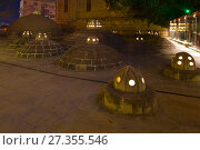 Купить «Купола средневекового хамама Гаджи Гаиба крупным планом. Старый Баку», фото № 27355546, снято 30 декабря 2017 г. (c) Виктор Карасев / Фотобанк Лори
