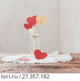 Купить «decorations for Valentine's Day», фото № 27357182, снято 7 января 2018 г. (c) Майя Крученкова / Фотобанк Лори