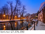 Купить «Mill Island at night. Bydgoszcz, Kuyavian-Pomeranian Voivodeship, Poland.», фото № 27376390, снято 21 июля 2019 г. (c) age Fotostock / Фотобанк Лори