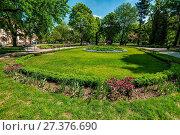 Купить «Jan Kochanowski Park. Bydgoszcz, Kuyavian-Pomeranian Voivodeship, Poland.», фото № 27376690, снято 21 июля 2019 г. (c) age Fotostock / Фотобанк Лори