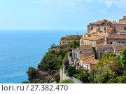 Купить «Fiumefreddo Bruzio town, Calabria, Italy», фото № 27382470, снято 19 июня 2017 г. (c) Юрий Брыкайло / Фотобанк Лори