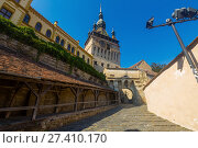 Купить «Clock tower from fortress square in Sighisoara, Romania», фото № 27410170, снято 16 сентября 2017 г. (c) Яков Филимонов / Фотобанк Лори