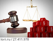 3D Section symbol icons and justice scales with gavel. Стоковое фото, агентство Wavebreak Media / Фотобанк Лори