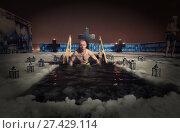 Купить «Мужчина погружается в прорубь,», эксклюзивное фото № 27429114, снято 19 января 2018 г. (c) Дмитрий Неумоин / Фотобанк Лори