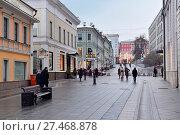 Купить «Столешников переулок. Москва», эксклюзивное фото № 27468878, снято 14 января 2018 г. (c) Юрий Морозов / Фотобанк Лори
