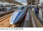 Купить «Japan, Okayama Statilon, West Japan Bullet train», фото № 27528970, снято 14 ноября 2018 г. (c) age Fotostock / Фотобанк Лори