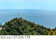 Купить «Monument with cross on mountain hill top, Calabria, Italy», фото № 27535178, снято 19 июня 2017 г. (c) Юрий Брыкайло / Фотобанк Лори