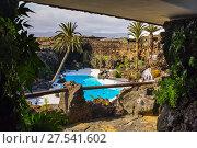 Garden and pool. Jameos del Agua. Art, Culture and Tourism Centre created by César Manrique. Haria. Lanzarote Island. Canary Islands Spain. Europe. Стоковое фото, фотограф Jerónimo Alba / age Fotostock / Фотобанк Лори