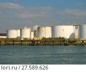 Купить «Storage Tanks», фото № 27589626, снято 20 сентября 2018 г. (c) PantherMedia / Фотобанк Лори