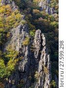Купить «Bodetal Tor im Herbst Harz», фото № 27599298, снято 23 июля 2019 г. (c) PantherMedia / Фотобанк Лори