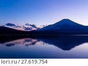 Купить «Mountain Fuji with Lake Yamanaka», фото № 27619754, снято 23 июля 2019 г. (c) PantherMedia / Фотобанк Лори