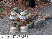 Купить «old tools of the goldmine of Leonora exposed for the tourists», фото № 27679978, снято 23 октября 2018 г. (c) PantherMedia / Фотобанк Лори