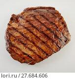 Купить «Juicy thick medallion of lean flank beef steak», фото № 27684606, снято 19 марта 2019 г. (c) PantherMedia / Фотобанк Лори