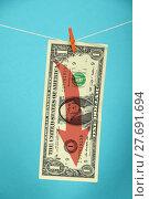 Купить «US dollar decline illustrated over blue», фото № 27691694, снято 26 сентября 2018 г. (c) PantherMedia / Фотобанк Лори