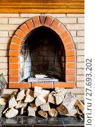 Купить «not kindled brick fireplace and wood logs», фото № 27693202, снято 26 марта 2019 г. (c) PantherMedia / Фотобанк Лори