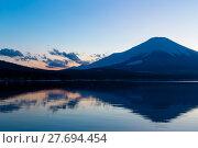 Купить «Mt. Fuji and Lake», фото № 27694454, снято 23 июля 2019 г. (c) PantherMedia / Фотобанк Лори