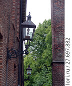 Купить «light lamp lantern netherlands shiner», фото № 27697882, снято 17 июня 2019 г. (c) PantherMedia / Фотобанк Лори