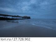 Купить «Cloudy Cromer Pier», фото № 27728902, снято 25 февраля 2018 г. (c) PantherMedia / Фотобанк Лори
