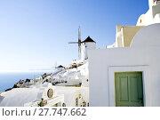 Купить «Spectacular Santorini landscape with windmill», фото № 27747662, снято 22 февраля 2018 г. (c) PantherMedia / Фотобанк Лори