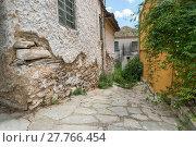 Купить «Alleyway in an old Greek town.», фото № 27766454, снято 17 февраля 2019 г. (c) PantherMedia / Фотобанк Лори