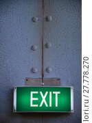 Купить «Exit sign points the way out», фото № 27778270, снято 17 августа 2019 г. (c) PantherMedia / Фотобанк Лори