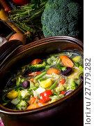 Купить «light vegetable soup», фото № 27779282, снято 22 июля 2019 г. (c) PantherMedia / Фотобанк Лори