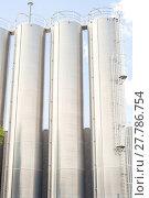 Купить «Industrial silos for refinery», фото № 27786754, снято 16 июля 2019 г. (c) PantherMedia / Фотобанк Лори