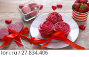 Купить «sweets and strawberries in st valentines day», видеоролик № 27834406, снято 10 февраля 2018 г. (c) Syda Productions / Фотобанк Лори