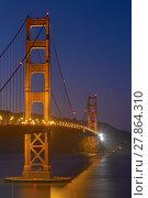 Купить «Golden Gate Bridge at Night in San Francisco, California, United States», фото № 27864310, снято 20 февраля 2019 г. (c) PantherMedia / Фотобанк Лори