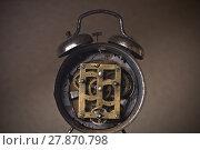 Купить «Exposed old clock mechanism», фото № 27870798, снято 23 октября 2018 г. (c) PantherMedia / Фотобанк Лори