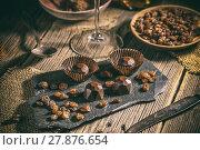 Купить «Delicious chocolate pralines», фото № 27876654, снято 23 мая 2018 г. (c) PantherMedia / Фотобанк Лори