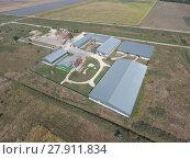 Купить «Hangar of galvanized metal sheets for storage of agricultural products», фото № 27911834, снято 18 января 2019 г. (c) PantherMedia / Фотобанк Лори