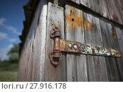 Купить «Old Rusty Hinge», фото № 27916178, снято 16 июля 2019 г. (c) PantherMedia / Фотобанк Лори