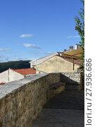 Купить «motovun,montona,city wall,path,city,historic,park,defensive wall», фото № 27936686, снято 23 февраля 2019 г. (c) PantherMedia / Фотобанк Лори