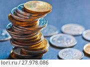 Купить «Деньги. Рублевые монеты разного номинала на серо-синем фоне», фото № 27978086, снято 10 февраля 2018 г. (c) Екатерина Овсянникова / Фотобанк Лори