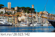 Купить «Picture of port of Cannes old city at the French Riviera», фото № 28023142, снято 3 декабря 2017 г. (c) Яков Филимонов / Фотобанк Лори
