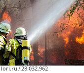Купить «fire conflagration catastrophe discharge calamity», фото № 28032962, снято 26 апреля 2018 г. (c) PantherMedia / Фотобанк Лори